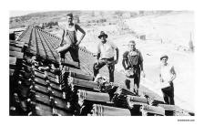 Workers on the roof of Bondi Pavilion, 1942